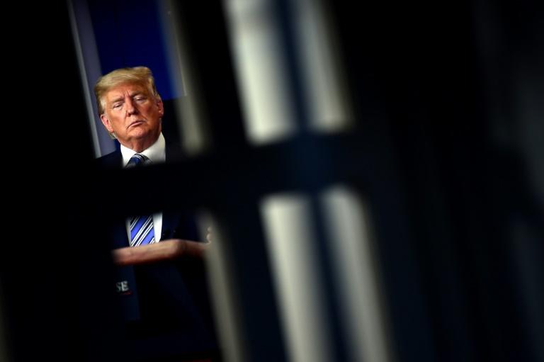 """Amerikan rüyasının maskesini düşüren """"görünmez düşman"""": Koronavirüs"""